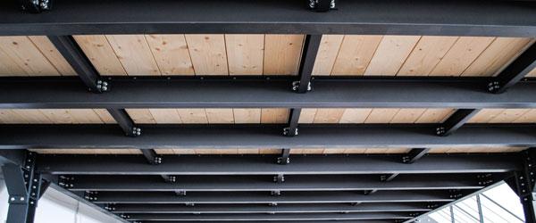 Grandi strutture in legno e acciaio